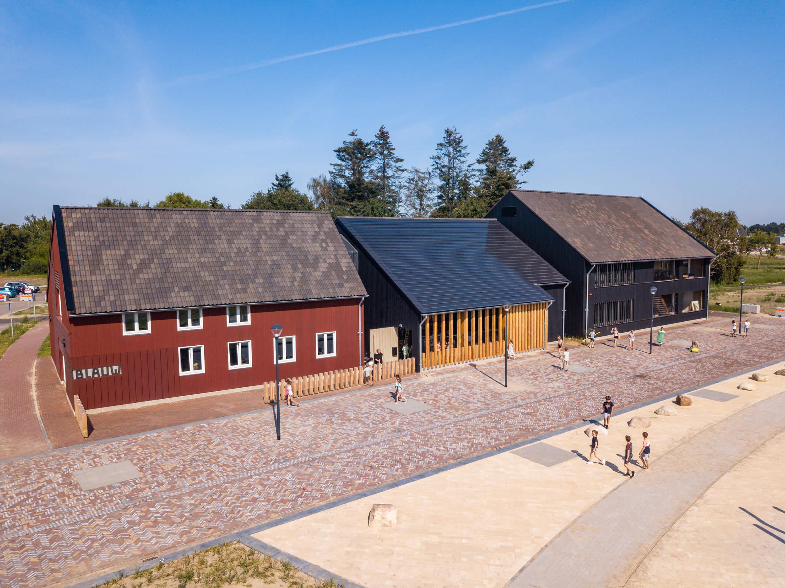 energieneutraal Jenaplan houtbouw nuenen onderwijs Platoo Laride Van Stiphout Nobel advies Ossenbloedrood Douglas