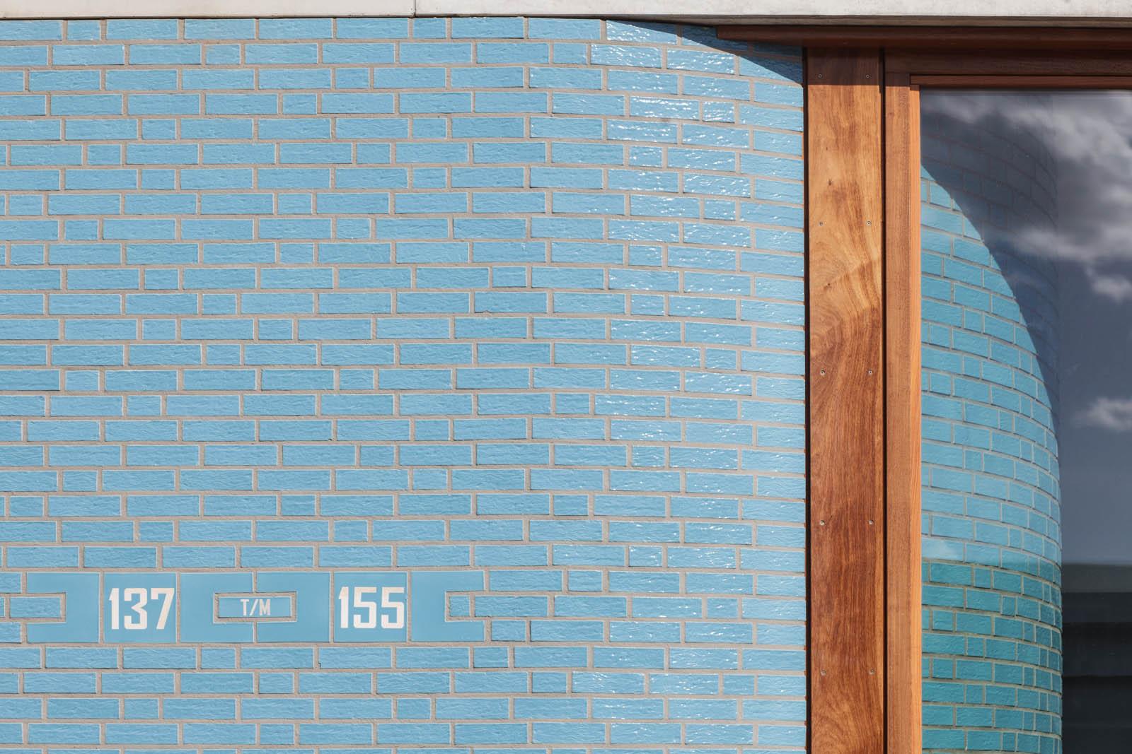 Strijp S Stam en de Koning onderwijs Philips West 8 Adriaan Geuze Toren allee Trudo Woonbedrijf Feel good market Veemgebouw Klokgebouw monument Hoge rug
