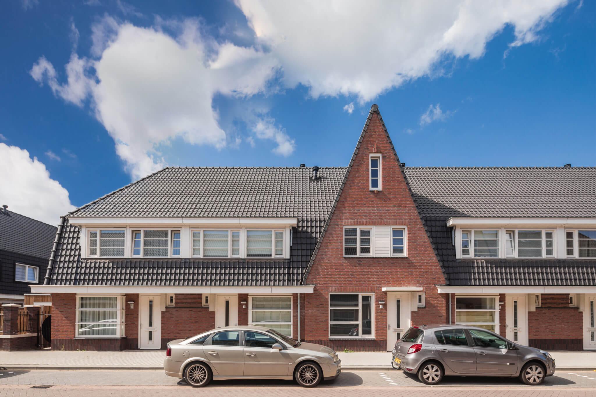 Helmond Amsterdamse School Weverspoort metselwerk binnenstad Heistraat sociale woningbouw huurwoning