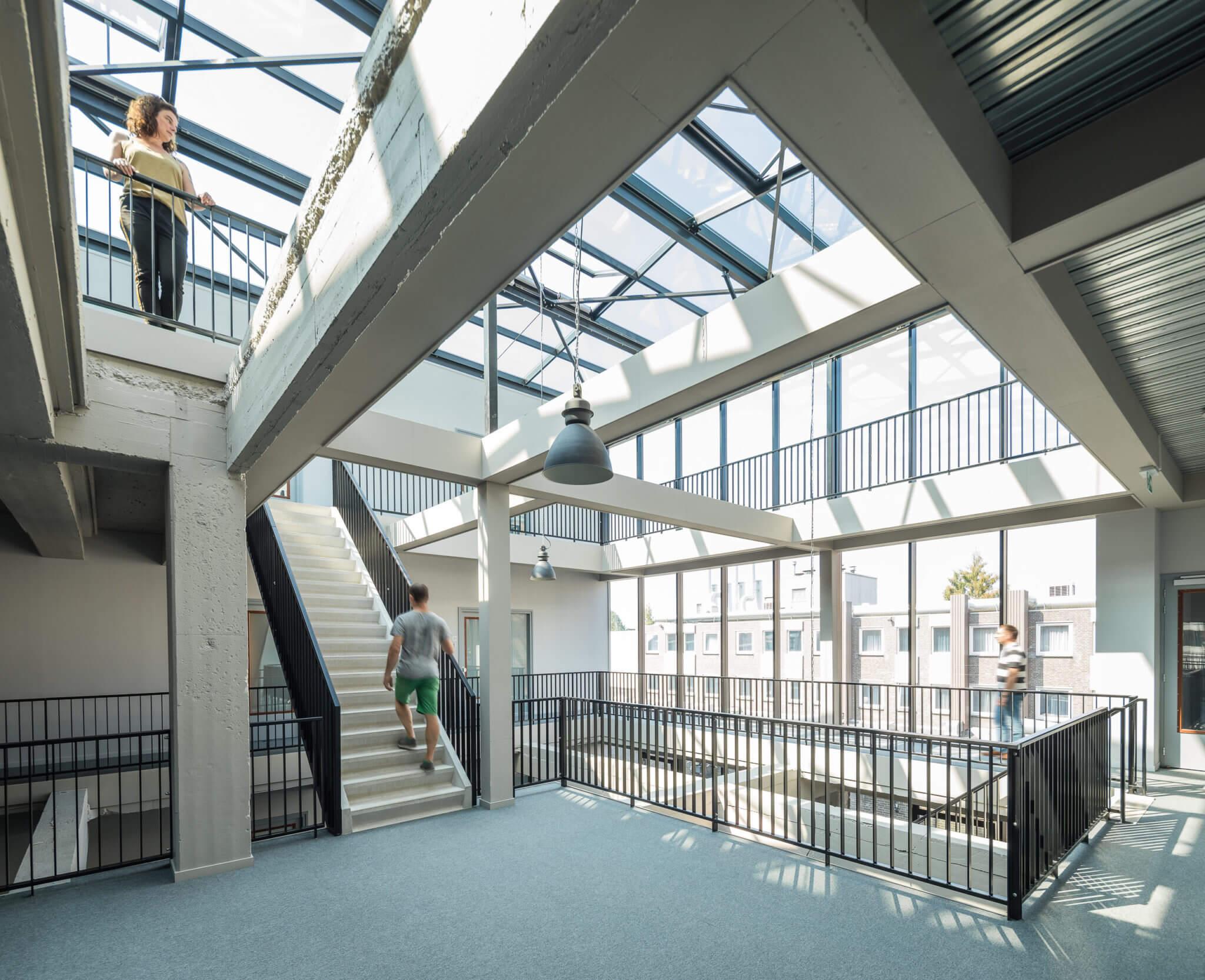 Weert transformatie herbestemming drukkerij Smeets Pierre Weegels Stationsstraat steendrukkerij Lichtenberg optopping loft loftappartementen Fatimahuis